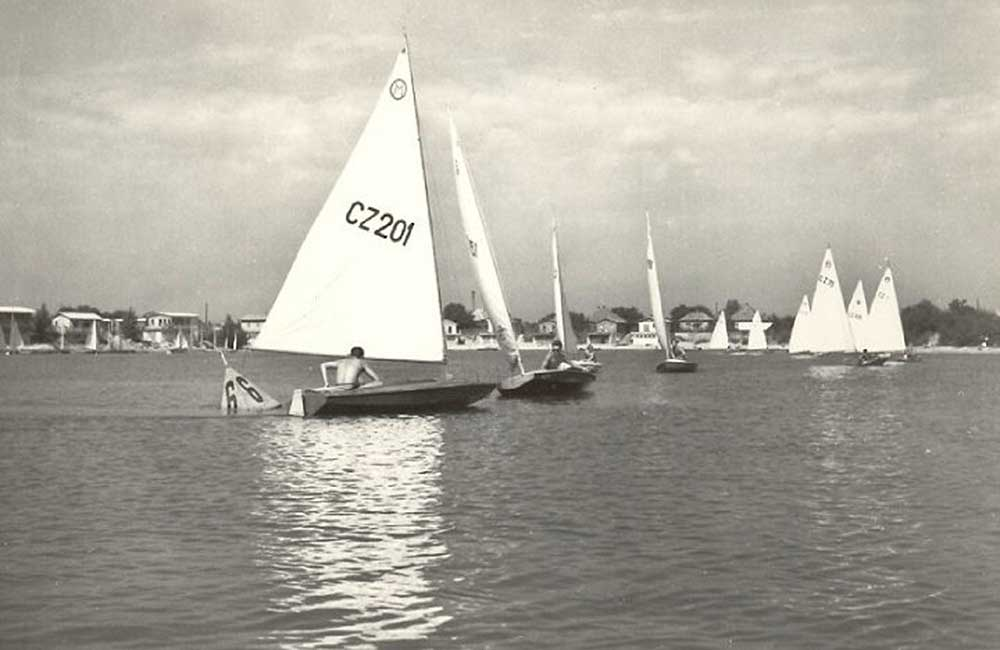 plachetnice-jachting-lode-03